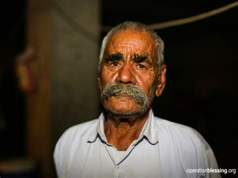 grandfather s iraqi grandfather escapes isis with son s family