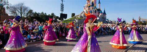 theme parks in paris french language school trips and tours to paris theme