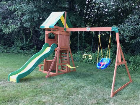 weston backyard discovery playset assembly and swing set installation in greenville