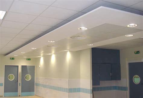 Plafond Suspendu Commercial by Faux Plafond Suspendu Maison Travaux