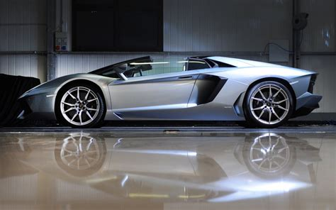 Car Models Lamborghini The New Lamborghini Sports Cars Models Wallpaper Pictures