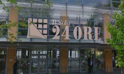 sole 24 ore sede sole24ore copie digitali gonfiate indagato il direttore