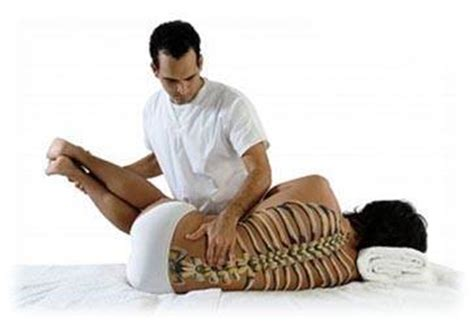 Chiropractic Description by How Much Do Chiropractors Make Careers Wiki