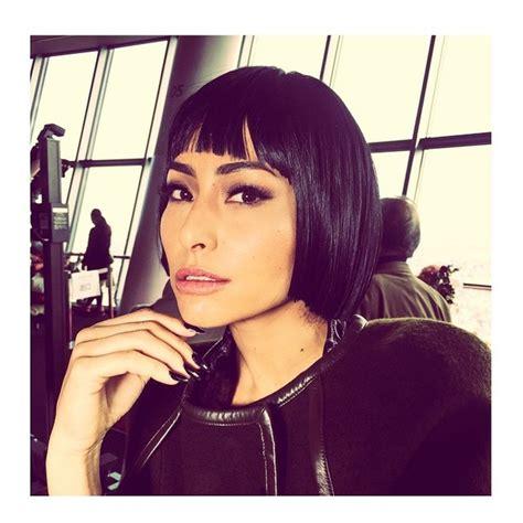 sabrina sato instagram ego sabrina sato posa com cabelo preto e bem curtinho no