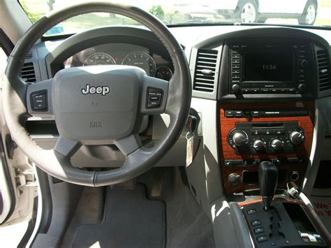 jeep limited inside 2005 jeep grand cherokee interior images