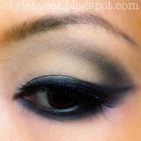 Eyeshadow Formulation coastal scents 88 eyeshadow palette reviews photos