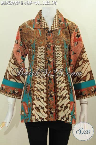 kotak softcase cantik motif print pakaian blus desain terbaru dengan kerah kotak baju batik