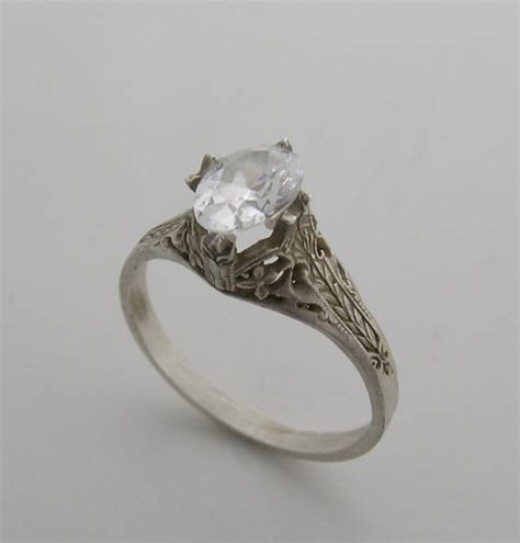 feminine antique style engagement ring setting