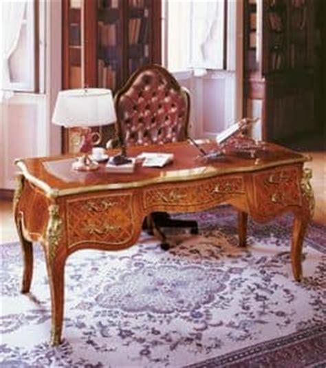luxus schreibtische schreibtisch aus holz f 252 r luxus b 252 ros mit einlegearbeiten