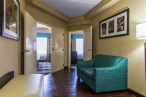 comfort suites new orleans comfort suites airport in new orleans hotel rates
