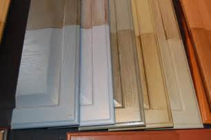 Paint Glaze Kitchen Cabinets by Repaint Your Kitchen Cabinets Without Stripping Or Sanding