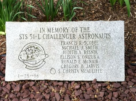 lower hudson valley challenger center space remembers challenger disaster pbs