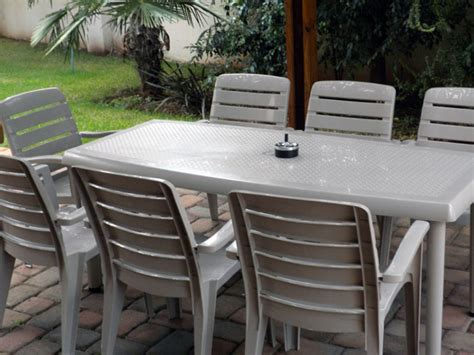 Patio Table Plastic Best Plastic Patio Table Outdoor Decorations