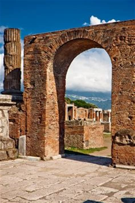 a pattern language for houses at pompeii herculaneum and ostia flag fen iron age round house treasure found