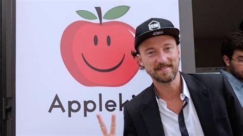 apple si鑒e social francesco facchinetti e il nuovo social applekiss