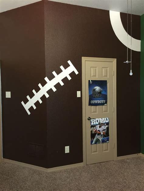 football room best 25 boys football room ideas on football theme bedroom football themed rooms