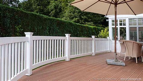 terrasse sibirische lärche balkon zaun holz z une f r terrassen balkon zaun wpc holz