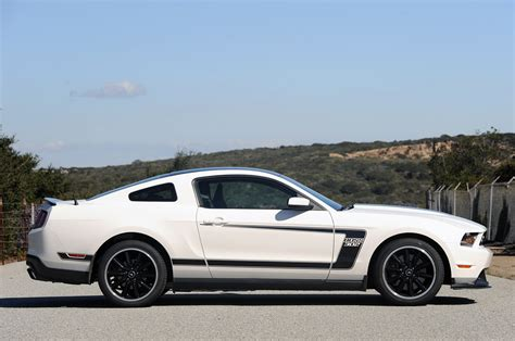 white mustang 302 2012 ford mustang 302 performance white