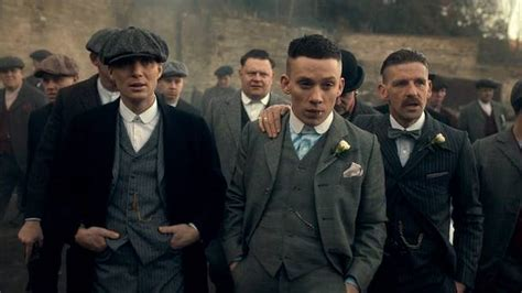 bbc news peaky blinders the tricks of creating a tv drama it s fookin brilliant and tom hardy hasn t even shown up