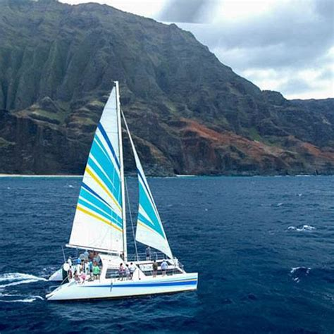 napali coast boat tour sunset na pali sailing catamaran snorkel tour 5 hour kauai