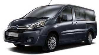 Renault Jumpy Qui Fait La Location De Minibus 9 Places Pas Cher Dans Le