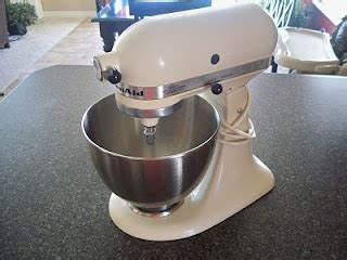 spray paint kitchenaid mixer 17 best images about i m gonna do it on