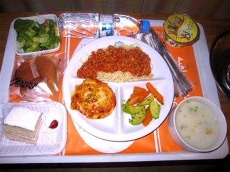menu makanan  rumah sakit  berbagai negara