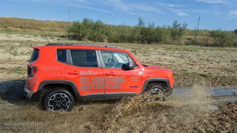 2015 Jeep Renegade Trailhawk Review 2015 Jeep Renegade Trailhawk Review Autoevolution