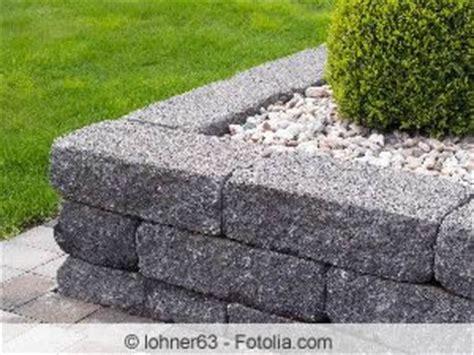 beeteinfassung stein anleitung beeteinfassung ideen aus metall weide holz und stein