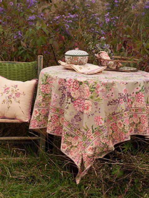 zinnia garden tablecloth table linens kitchen