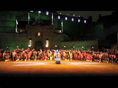 edinburgh tattoo youtube 2012 highland cathedral edinburgh military tattoo 2012 youtube