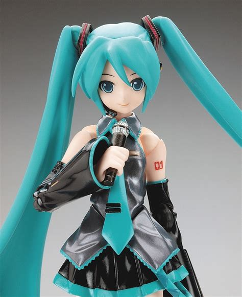 figure anime tips to buying anime figures and how to spot a