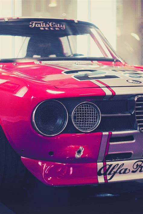 alfa romeo montreal race car 640x960 classic alfa romeo race car iphone 4 wallpaper