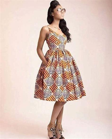 tenues africaines en tissu pagne les 25 meilleures id 233 es de la cat 233 gorie robe en pagne sur