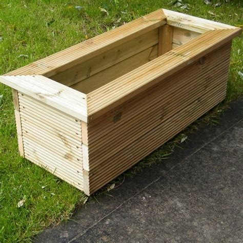 Deck Planter Boxes by 25 Best Ideas About Wooden Planters On Wooden