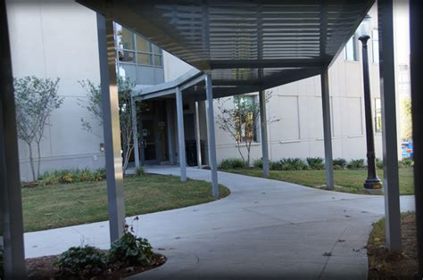 walkway awnings dac architectural aluminum walkway covers canopies