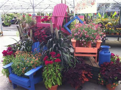 Garden Display Ideas 25 Best Ideas About Garden Center Displays On Pinterest Planters Garden Centre Potting