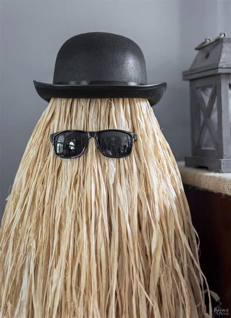 cusion it cousin itt halloween prop the navage patch
