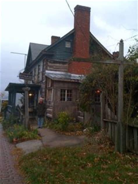 Backyard Bbq Wytheville Va Crockettfamilycemetery And Crockett House Wythe County