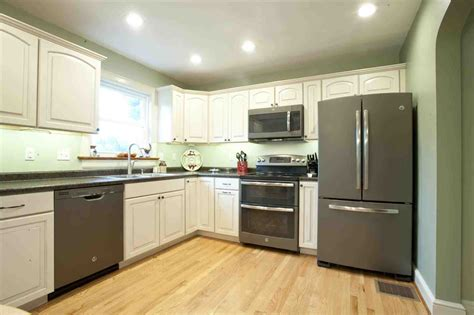 consumers kitchen cabinets white kitchen cabinets with slate appliances temasistemi net