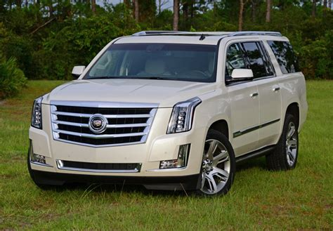 cadillac escalade 2017 pearl white 2020 cadillac escalade esv white color 2017 2018