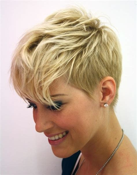 short hairstylescuts for fine hair with back and front view short layered pixie cut fine hair popular haircuts