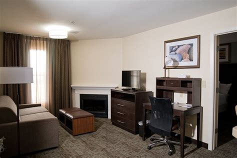 2 bedroom suites in houston номер в котором я остановилась picture of staybridge