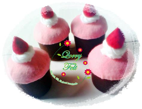 Strawberry Kain Flannel flanel dan cake ideas and designs