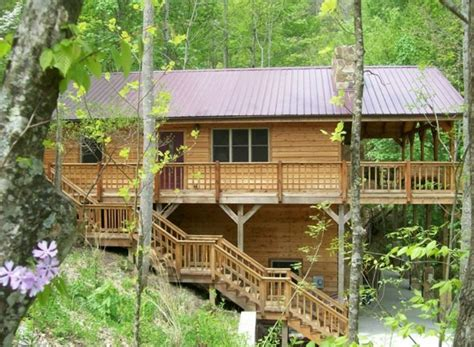 Cabin Rentals Kentucky by Deluxe Mountain Cabin Near River Gorge Bridge