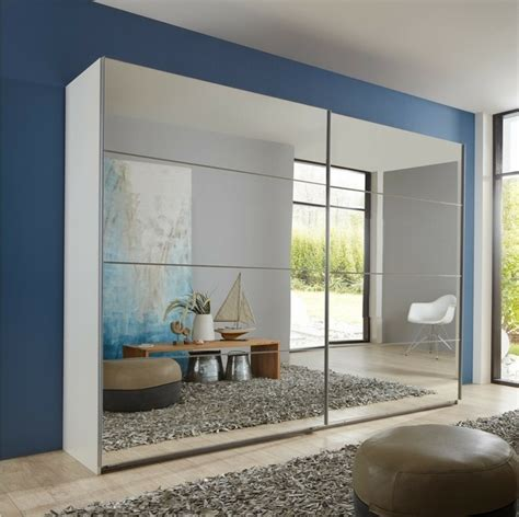 kleiderschrank mit spiegel und schiebetüren kleiderschrank schiebet 252 ren spiegel gispatcher