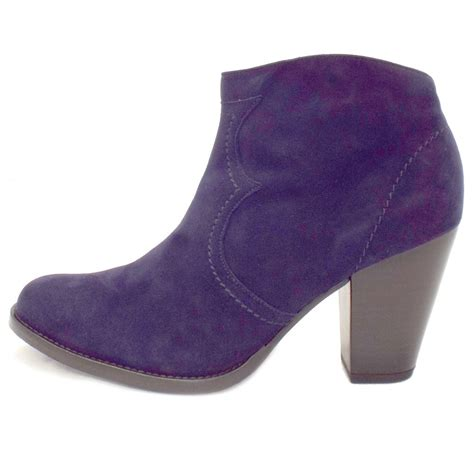 kaiser marisana heeled ankle boots in navy
