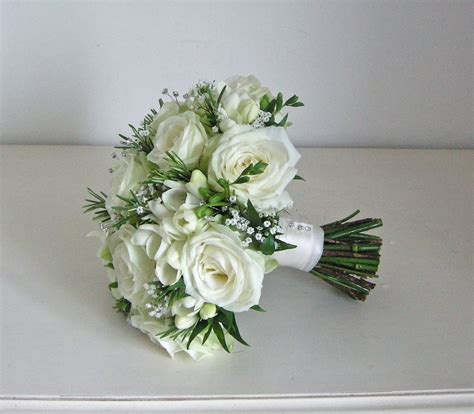 wedding flower arrangements roses wedding flowers s green and white wedding