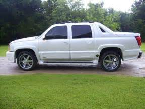 1999pgrandam 2005 chevrolet avalanche specs photos