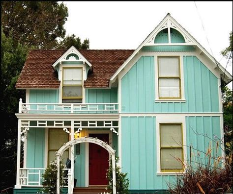 aqua house 17 best ideas about teal house on pinterest teal front